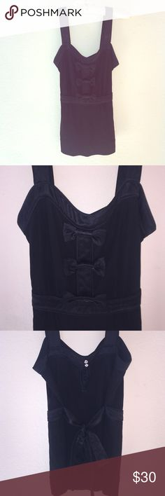 Marc Jacobs Formal Tank All black Top from Marc by Marc Jacobs in a women's M. 3 super cute bows on the front as well as a tie in the back! Feel free to ask any questions! Marc by Marc Jacobs Tops Tank Tops