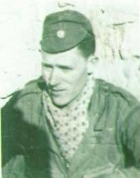 مصطفى تشاكر (10 مارس 1936 في البليدة - 1959)