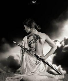 Lada Katana by Gonzalo Villar on Ronin Samurai, Female Samurai, Samurai Art, Samurai Swords, Aikido, Japanese Culture, Japanese Art, Japanese Sword, Tattoo Guerreiro