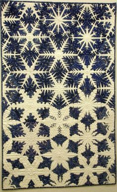 full-as-much-heart: Snowflake quilt, photo by Meg Baier, Patchworktage Dortmund 2010 (Germany) via TeenAngster.