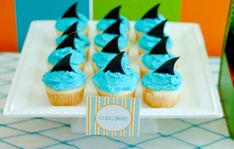 Shark Party - tables for the kids :) | pool party | Pinterest | Party