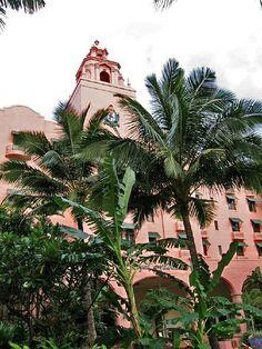 Royal Hawaiian Hotel by Paul McClure DC, v