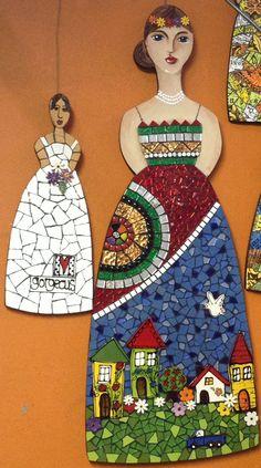 large mosaic doll                                                                                                                                                     Más