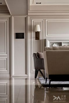100 inspiration for mix and match traditional wall with modern interior Classic Interior, Home Interior, Luxury Interior, Interior Architecture, Wall Design, House Design, Neoclassical Interior, Plafond Design, Wall Molding