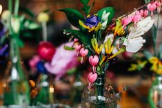 The Anthologist London | Bright & Modern Wedding Inspiration | Okishima & Simmonds Florist | Nulyweds Planning & Styling | Beatrici Photography | http://www.rockmywedding.co.uk/bright-colours-big-city/