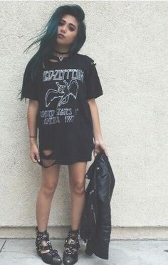 grunge-wear:    Les Zepplin
