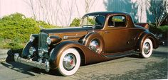 1935 Packard V-12 model 1207 rumble seat coupe - (Packard Motor Car Company Detroit, Michigan 1899-1958)