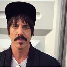 John Frusciante, Anthony Kiedis, Stuffed Peppers, Guys, Sim, Chili, Butterflies, Crushes, Rock