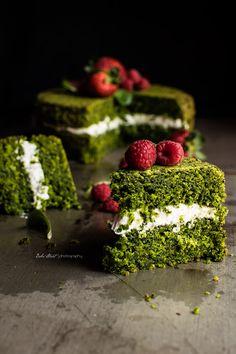 Ispanaklı Kek - Gâteau surprenant aux épinards - Bake-Street.com spinach cake !!
