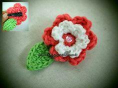 Simple Flower and Leaf Hair Pin by MPringgadhani
