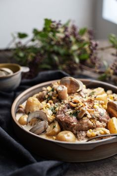 Ossobuco and clams (slow cooker) Quebec, Pork Ham, Meat Lovers, Crockpot, Slow Cooker, Clean Eating, Good Food, Food And Drink, Cooking