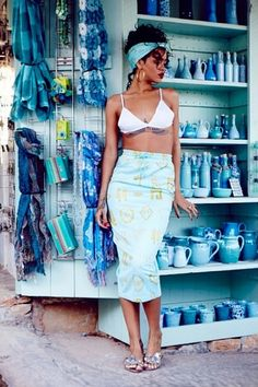 6eaa832d857 Grecian goddess  The megastar queen singer Rihanna models a colourful gold  and turqouise patterned skirt
