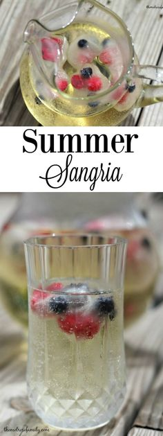 Looking for a refreshing beverage? This Summer Sangria is the perfect option with crisp, refreshing flavors.