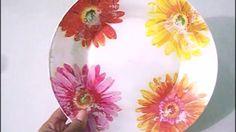 Decoupagem em prato de vidro com guardanapo