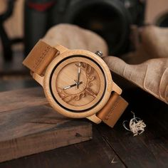 Buy High Quality Wooden Watches Our Deer head Bamboo Quartz Men watch with Genuine Leather Strap Wristwatch for Hunter lovers. Wooden Watches For Men, Skeleton Watches, Leather Box, Wood Gifts, Watch Brands, Wood Watch, Men Watch, Quartz, Carving
