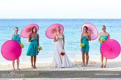sombrillas en bodas de playa
