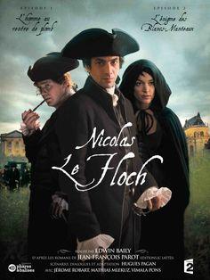 Dans le Paris du XVIIIème, Nicolas Le Floch, jeune et brillant commissaire au Châtelet, enquête pour le compte de M. de Sartine, lieutenant général de police du Roi.