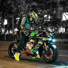 Vale with Yamaha R1 2015