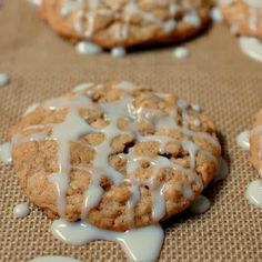 Eva Bakes - Old fashioned iced oatmeal cookies
