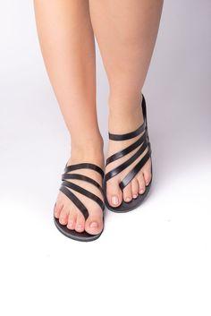 Episteme black - Flat sandals, greek sandals, women sandals #HandmadeSandals #SummerShoes #Sandals2020 #StrapSandals #AncientGreek #WomenSandals #FlatSandals #GreekSandals #RealLeather #BlackSandals Greek Sandals, Flat Sandals, Strap Sandals, Women Sandals, Black Flats, Summer Shoes, Real Leather, Flip Flops, Trending Outfits