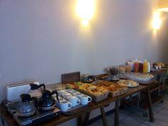 Buffet petits-déjeuners de l'hôtel*** Le Feug