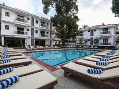 Goa Hotel Radisson Goa Candolim India, Asia Stop at Hotel Radisson Goa Candolim to discover the wonders of Goa. Featuring a complete list of amenities, guests will find their stay at the property a comfortable one. To be found at the hotel are free Wi-Fi in all rooms, 24-hour front desk, 24-hour room service, luggage storage, Wi-Fi in public areas. Each guestroom is elegantly furnished and equipped with handy amenities. Access to the hotel's fitness center, outdoor pool, spa, ...