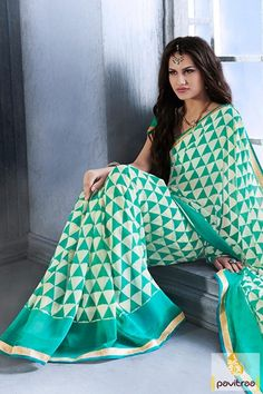 Saree in light sea green off white georgette for women in India. Buy this affordable and stylish saree with jari and printed work. This is very fascinating saree. #onlinesareeshopping, #discountoffer,  #fancysaree, #lowestpricesaree,  #festivalwearsaree,  #sareeonline,  #newsarees, #fashionsarees,  #beautifulsaree, #trendysarees, #Indiansaree,  #sareewithblouse, #casualsaree,  #formalsaree,   #lightweightsaree More: http://www.pavitraa.in/store/casual-saree/ Call Us:+91-7698234040