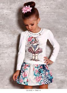 Veja nosso novo produto! Se gostar, pode nos ajudar pinando-o em algum de seus painéis :) Fashion Kids, Little Fashion, Girls Blouse, Girls Tees, Winter Collection, Kids Wear, Pleated Skirt, Shorts, Ideias Fashion