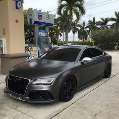 Matte Black Audi RS7