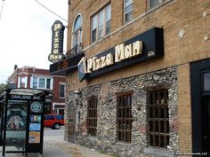 Pizza Man on the corner of Oakland and North in Milwaukee, WI. One of the great places to eat in the Brew City. It was destroyed by fire on January 19, 2010. What a great loss! (Now rebuilt and at a new location on Downer Avenue)