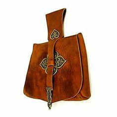 Vikingaväska med prydnadsbeslag från Birka