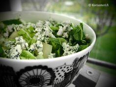 Aurajuusto-perunasalaatti | Delicious potatosalad with blue cheese. Gluten Free Meal Plan, Free Meal Plans, K Food, Love Food, Oatmeal Bites, Gluten Free Donuts, Food Tasting, Quinoa Salad, Gourmet Recipes