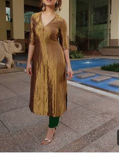 Festive collection Kurti just for 1050 sunday sale. for more details dm or whatsapp on 😊👜👡👒👗💍💄👛👝 Designer Shades, Designer Wear, Salwar Suit Pattern, Fashion Hub, Womens Fashion, Beautiful Suit, Trendy Dresses, The Dress, Fit