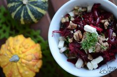 The girl& kitchen cooks # Beetroot salad with dried prunes and feta . Dried Prunes, Beetroot, Acai Bowl, Cabbage, Cool Hairstyles, Salads, Clean Eating, Vegetables, Cooking