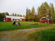 Tästä majatalo runsaan2,5ha:n määräalatontilla Kitkajärven rantamaisemista, n.12km Rukalta! Tilaisuus idearikkaalle perheelle, yrittäjälle, yrityksille, metsästysseuroille. Tässä tilavassa ja runsaast