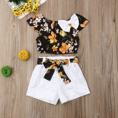 Baby / Toddler Pretty Floral Print Off Shoulder Bowknot Top and Solid Shorts Set - My best baby product list Girls Summer Outfits, Dresses Kids Girl, Little Girl Outfits, Cute Outfits, Floral Outfits, Baby Outfits Newborn, Baby Girl Newborn, Baby Girl Fashion, Fashion Kids