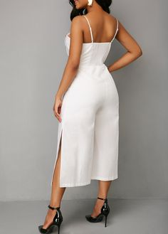 Best 12 Conjunto em alfaiataria lindo pra começa a sua sexta de look bafonico Best 12 Beautiful cutting set for the start in the Friday look # Wheels … Rompers Women, Jumpsuits For Women, Chic Outfits, Spring Outfits, Gold Jumpsuit, African Wear Dresses, African Fashion, Dress Skirt, Fashion Dresses