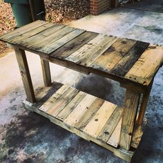 TV stand made from recycled pallets
