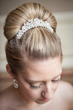 Clara-Belle Comb - Justine M. Couture - via happilyeverborrowed