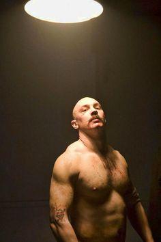"Tom Hardy en ""Bronson"", 2008"