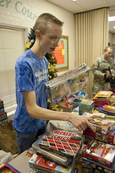 Oklahoma National Guard's teen panel volunteers at local school for homeless students - http://www.oklahomafrontline.com/frontline/oklahoma-national-guards-teen-panel-volunteers-at-local-school-for-homeless-students/