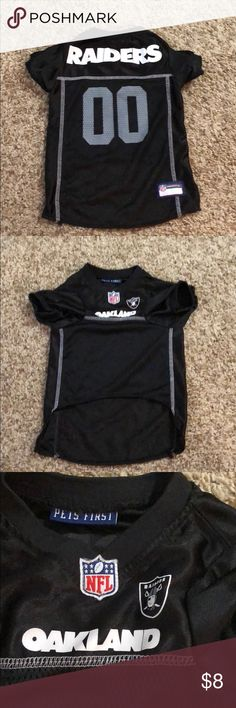 Pet jersey - NFL Raiders Jersey - size large NFL raiders jersey for your Pet, size large. My dog wore it one time but then outgrew it. It is a size large but I feel the sizing runs very small. Would be perfect for a 25-40 pound dog. Which based on the size chart for this brand is actually a medium. I posted the size chart in the last photo.  Great jersey for football season and something fun for your pet! NFL Other
