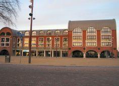 Drunen : Raadhuisplein (town square)