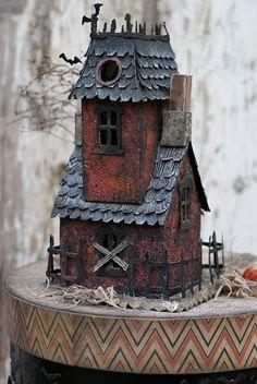HAPPY HAUNTINGS with DIY Sizzix Village Manor