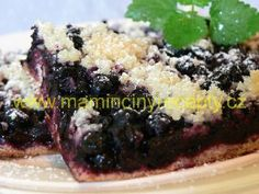 Kynutý borůvkový koláč