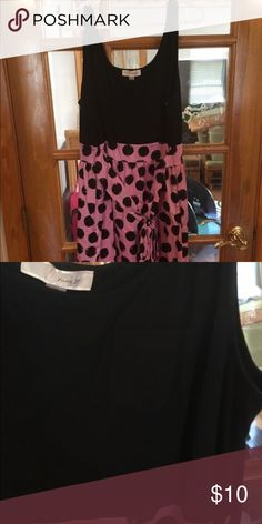 Forever 21 polka dot dress Cute dress with pocket over chest, like new condition Forever 21 Dresses