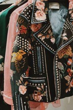 SvitStyle   http://www.svitstyle.com.ua/ss_4738 #svitstyle #fashion #embroideredcloth #gashionlook #befashion #beyourself