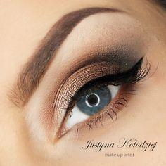 'Blue Eyes' look by Justyna Kolodziej using Makeup Geek's Corrupt, Mocha, Pretentious, and Vanilla Bean eyeshadows.
