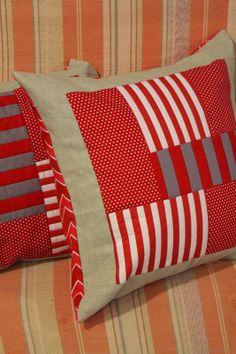 """TELA MARINERA"", patchwork ... Sewing Pillows, Diy Pillows, Decorative Pillows, Cushions, Throw Pillows, Patchwork Cushion, Quilted Pillow, Diy Pillow Covers, Cushion Covers"