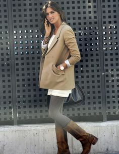Sara Carbonero wearing Valverde del Camino boots | available at www.spanishoponline.com